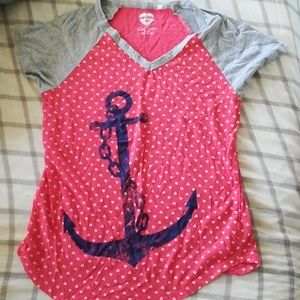 Anchor and hearts tee